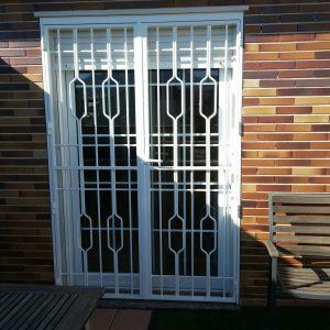rejas para ventanas y puertas